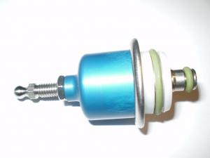Benzindruckregler einstellbar 3-5 Bar auf original Einspritzleiste 1.8T, VR6