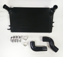 Ladeluftkühler Kit für Golf 5 Audi A3 S3 Seat Leon Passat B6 2.0 TFSI Douple-DIN 65mm plug and play